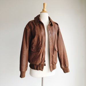 VINTAGE | Leather Bomber Jacket | Medium